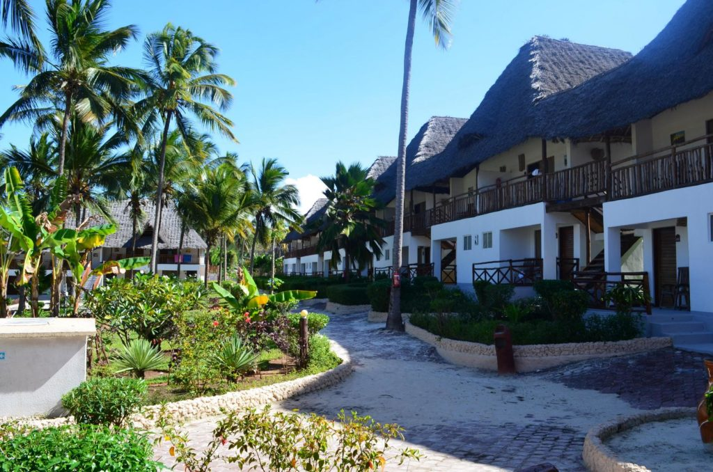 Bungalowy hotelowe Hotel Uroa Bay Beach Resort