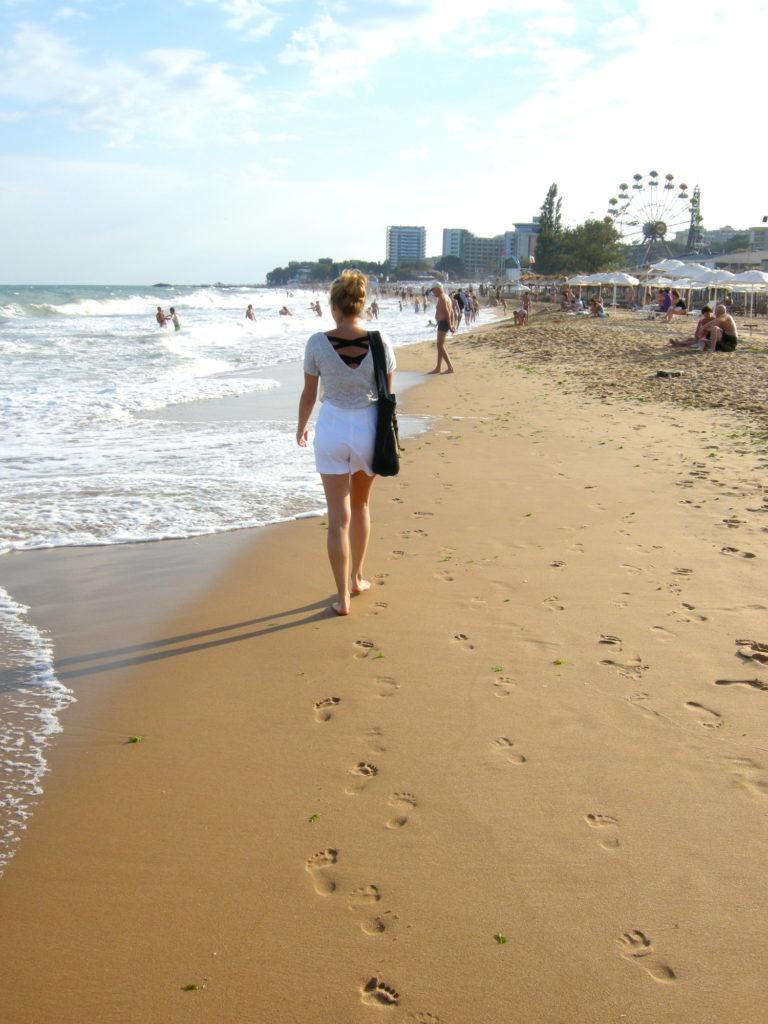 Spacer plażą w Złotych Piaskach