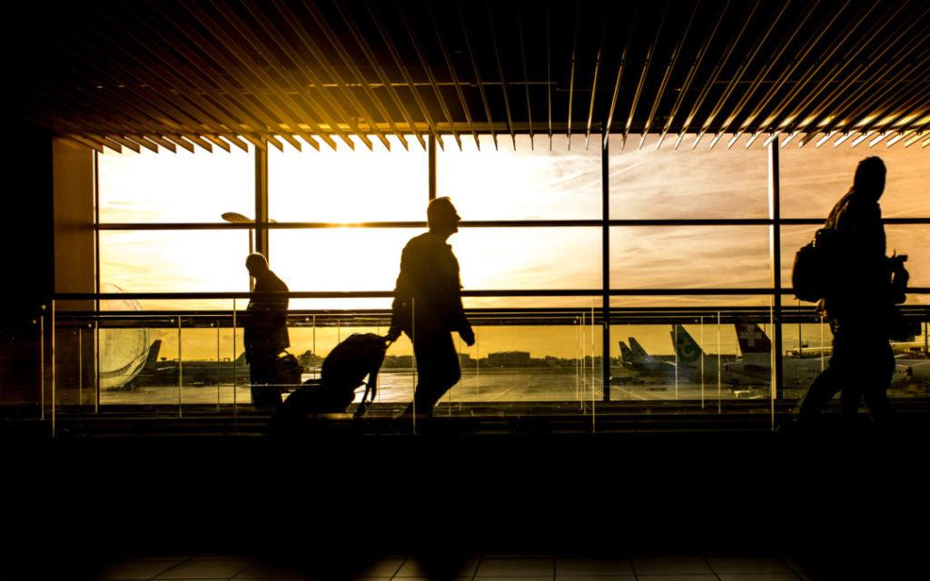 Linie lotnicze zwrot biletu