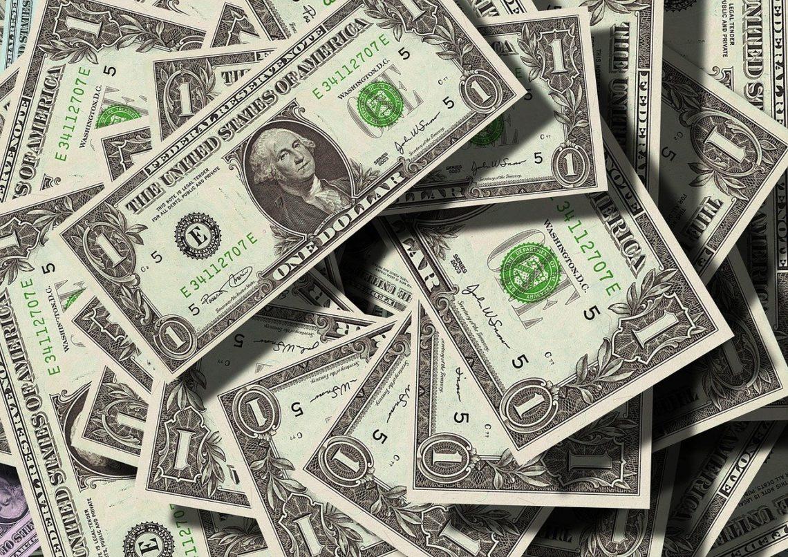 jak płacić za granicą